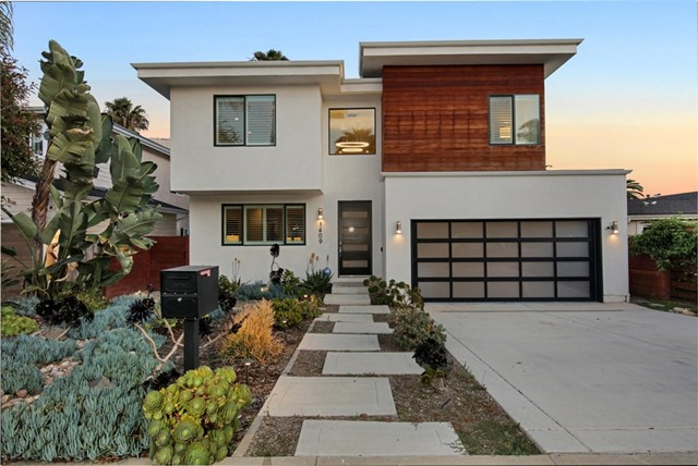 1409 Opal St, Pacific Beach home for sale